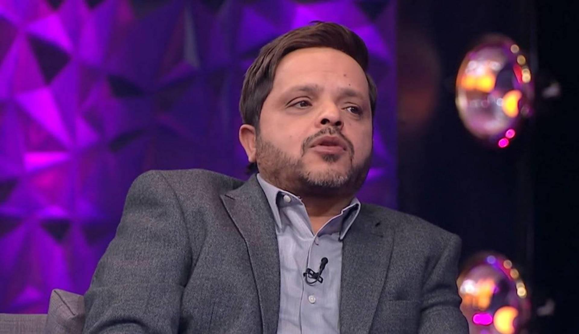 هل تخلى محمد هنيدي عن طليق روبي بعد حبسه؟   Laha Magazine