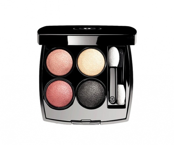 حالمة Chanel Reverie Parisienne Les 4 Ombres in Tisse Paris no.238