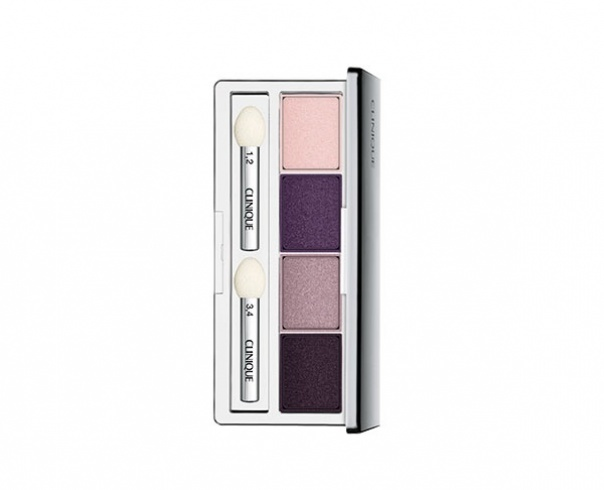 غامضة Clinique Eyeshadow Quad in Going Steady