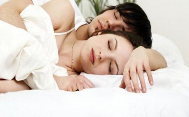 ماذا يفكر الزوج عندما يراك في ثياب النوم!
