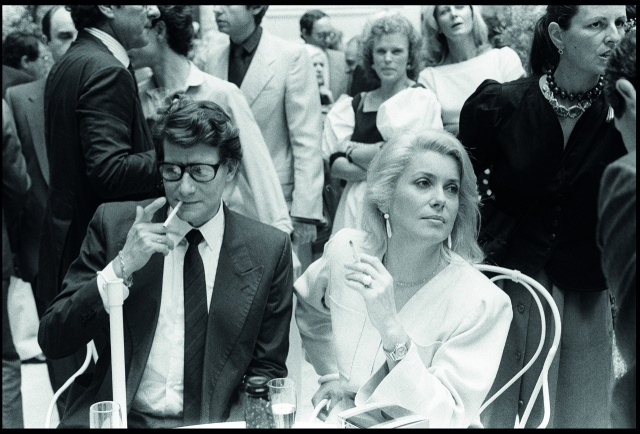 Catherine Deneuve وYves Saint Laurent