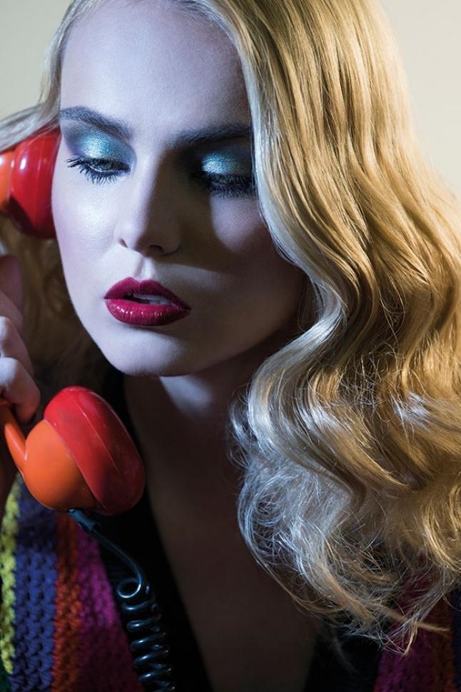 اتصال هاتفي The Phone Call