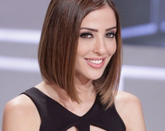 بالفيديو - وفاء الكيلاني توجه رسالة لنادين نجيم:  ده جبلي !   Laha Magazine
