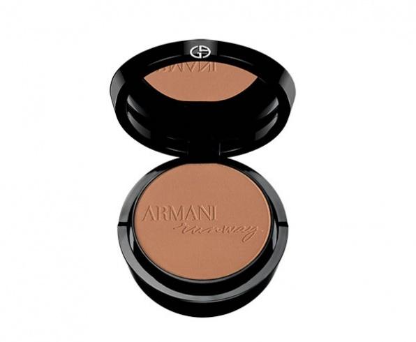 عصرية Giorgio Armani Beauty Runway Palette