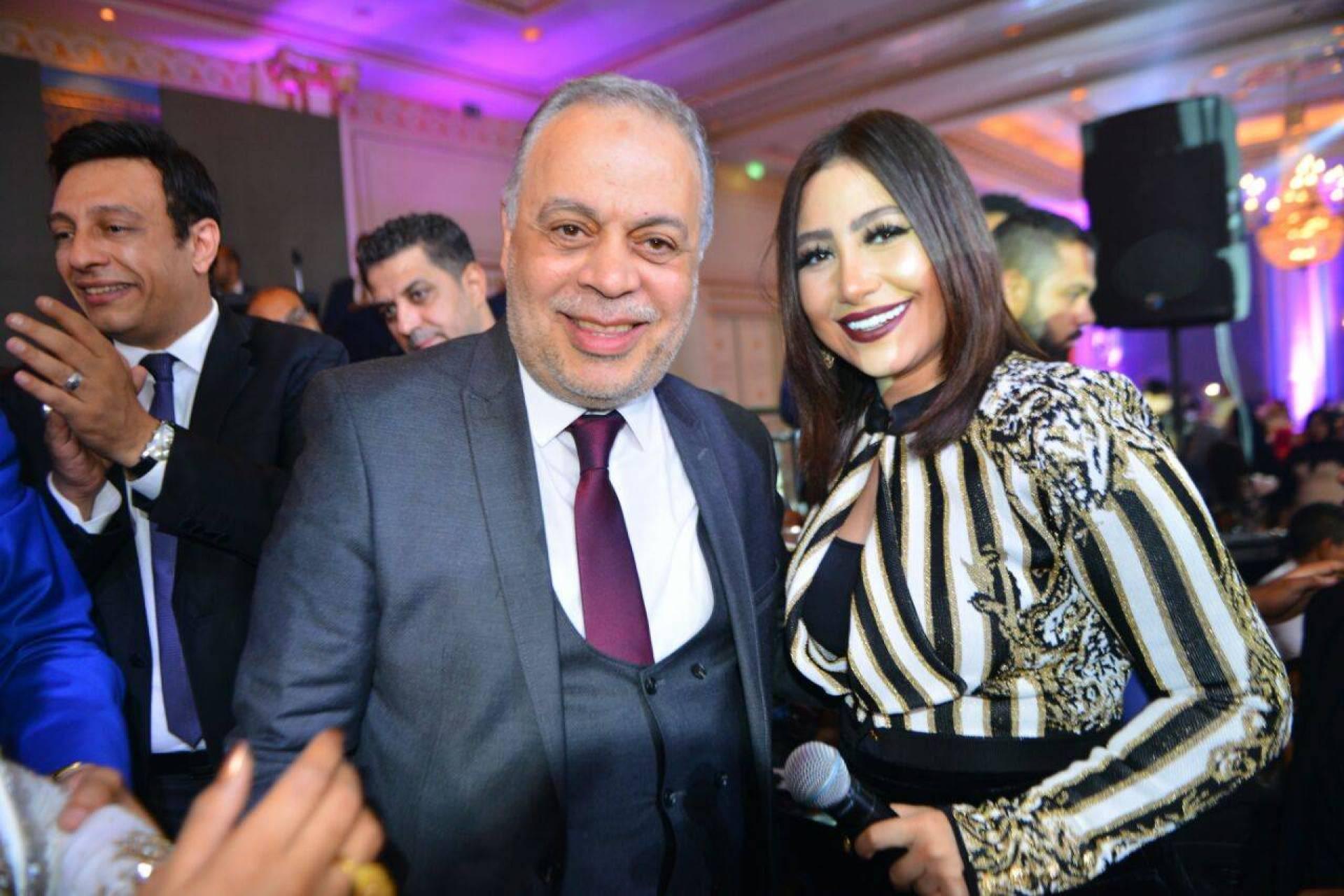 بالصور- محمد حماقي وسامو زين وبوسي ودينا في زفاف ابنة عم نقيب الممثلين!   Laha Magazine