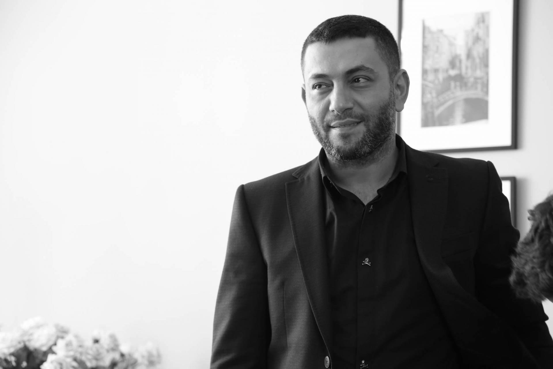 حقيقة وفاة النجم اللبناني زياد برجي!   Laha Magazine