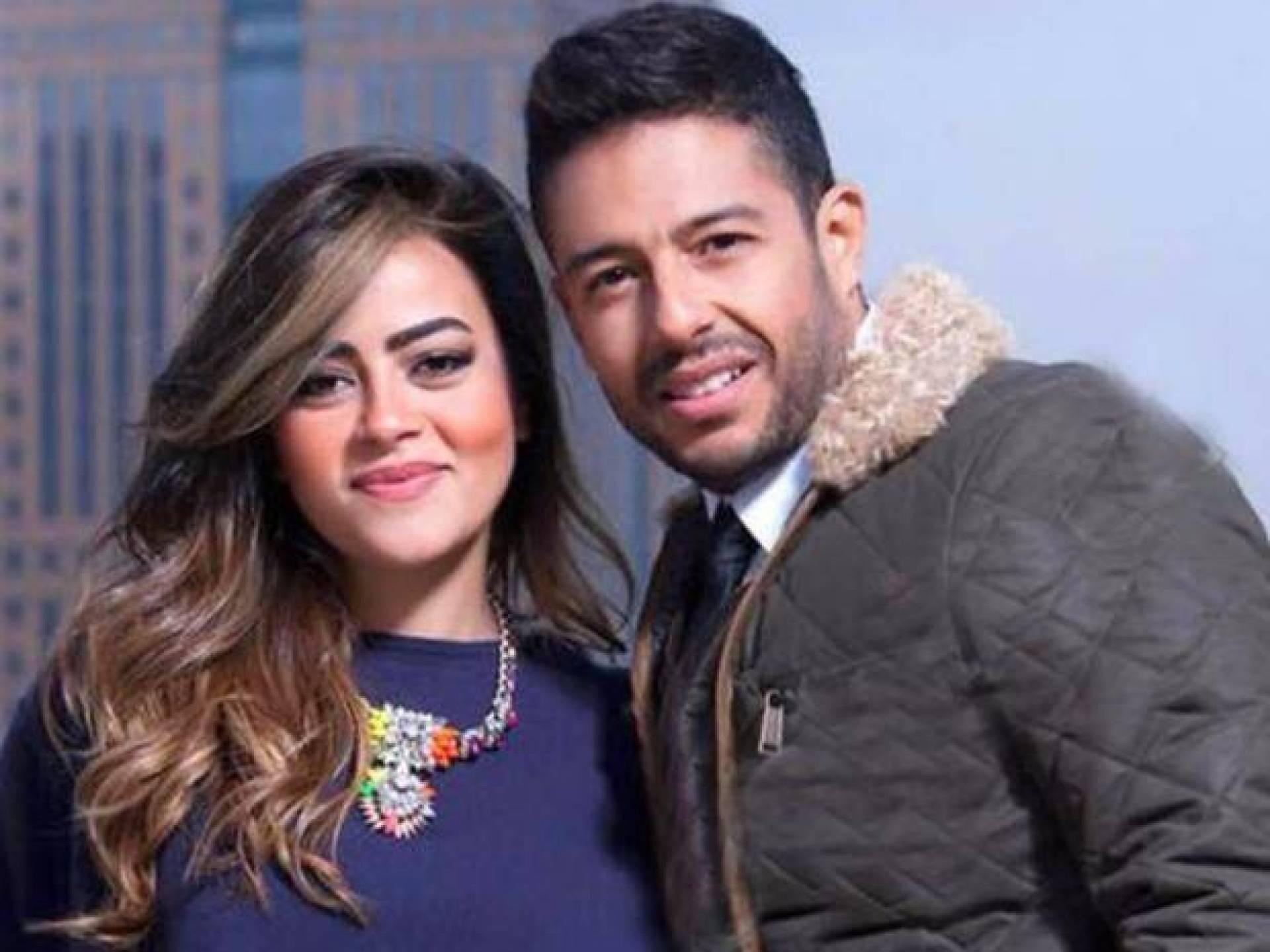أول تعليق من زوجة محمد حماقي بعد جلوسه على ركبتيه وتقديمه خاتم لمتسابقة ذا فويس| Laha Magazine