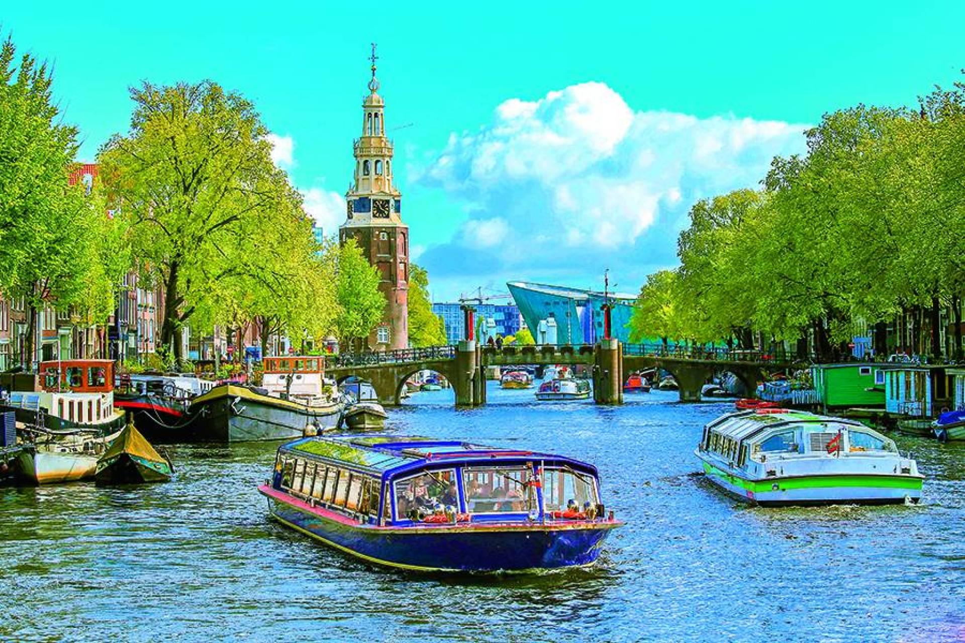 أمستردام: مدينة الحب في هولندا   Laha Magazine