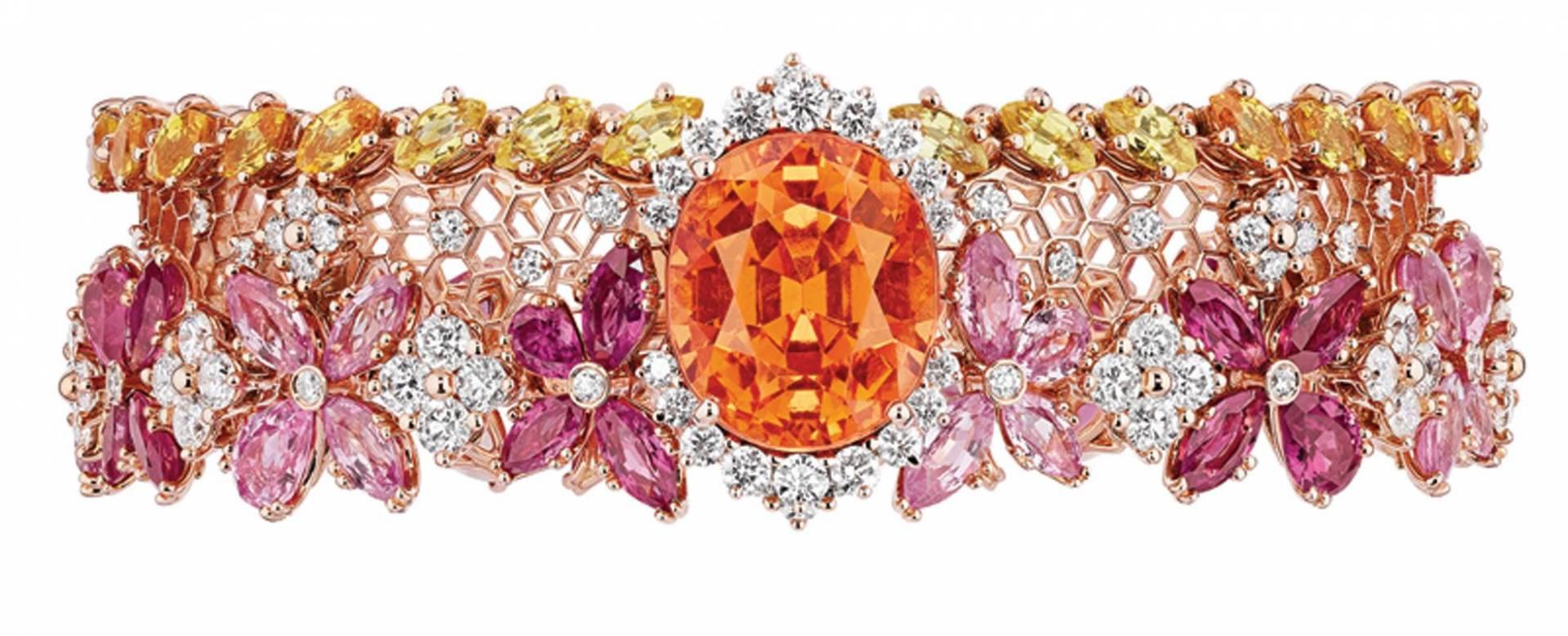 Star of the WeekDior Dior Diorسوار الفخامة