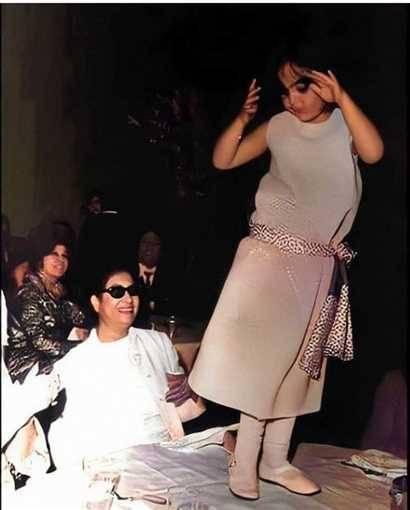 صورة نادرة لشيريهان.. ترقص أمام أم كلثوم تجتاح مواقع التواصل- أتفرج