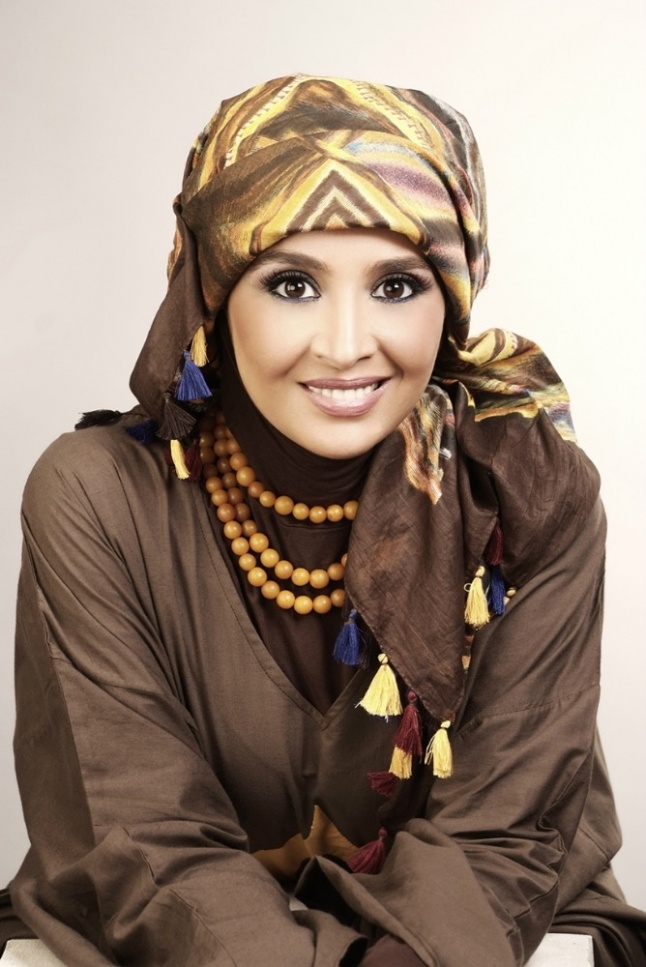 في فيديو قديم - حنان الترك تكشف السبب الحقيقي لارتدائها الحجاب... هذا ما حدث لها في تلك اللحظة | Laha Magazine